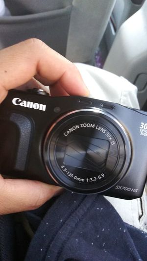 Cannon sx700 HS for Sale in Worcester, MA