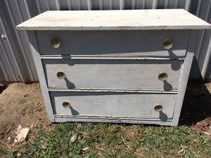 Vintage shabby chippy dresser for Sale in Oakdale, CA