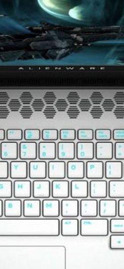 Cambio mi Alienware M17 R3 Solo 2 Meses De Uso Por Una Pc De Mesa Gaming Interesado Imbox for Sale in Miami,  FL
