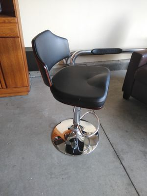 $50 bar stools Set of 2 for Sale in Perris, CA