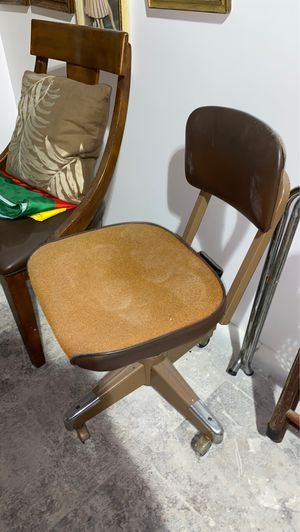 Mid century vintage antique 1950s 1960s office chair for Sale in Fort Lauderdale, FL