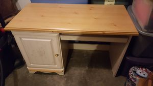 Desk for Sale in Fairview Heights, IL