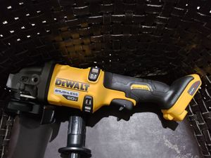 "Dewalt Flex Volt Advantage 4-""6"" Grinder Tool Only for Sale in Miami, FL"