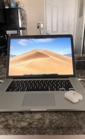 2015 MacBook Pro w/ free AirPods(Price Negotiable) for Sale in Austin, TX