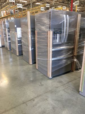 New Whirlpool Stainless Steel FrenchDoor for Sale in Stockton, CA