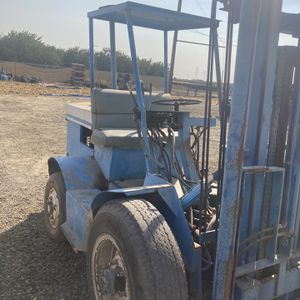 Gas Forklift for Sale in Fresno, CA