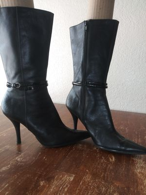 Women's Nine West Boots Size 71/2 for Sale in Apple Valley, CA
