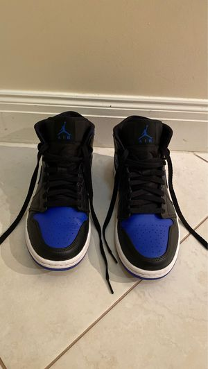 Air Jordan 1 mid size 8 men for Sale in Boca Raton, FL