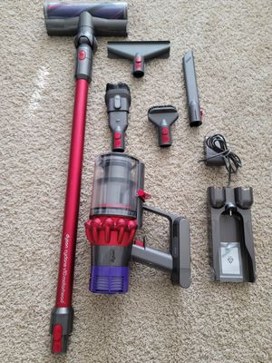 Dyson Cyclone V10 Motorhead Lightweight Cordless Stick Vacuum Cleaner for Sale in Beaverton, OR
