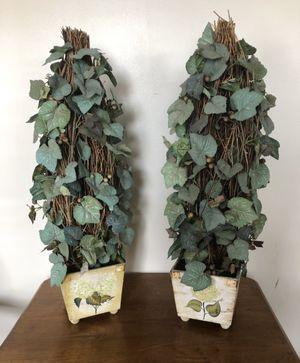 Gorgeous Ivy Topiary Grape Vine Faux Plants with Hydrangea Pots Vases $10 each! for Sale in Plainfield, IL