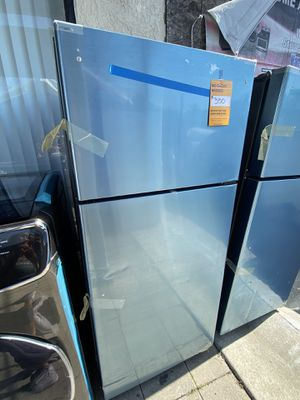 GE TOP FREEZER STAINLESS STEEL for Sale in Pomona, CA