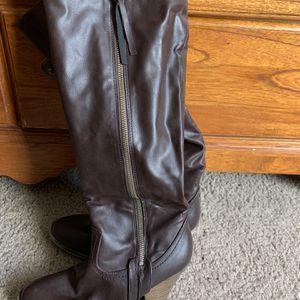 Women Boots Size 7m for Sale in Phoenix, AZ