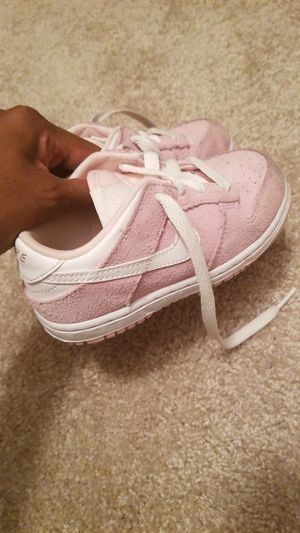 Pink and white Nike shoes for Sale in Etiwanda, CA