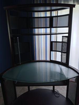 Corner desk for Sale in Mount Pleasant, MI