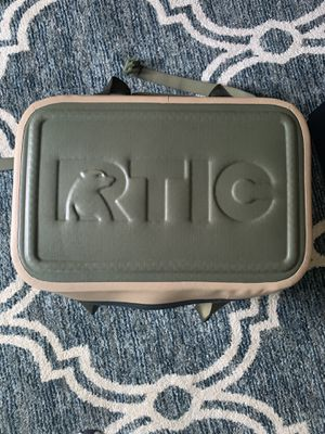 Rtic Backpack Cooler for Sale in Clovis, CA