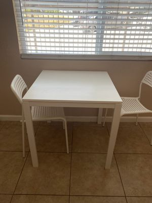 White Ikea Kitchen Table for Sale in Chula Vista, CA