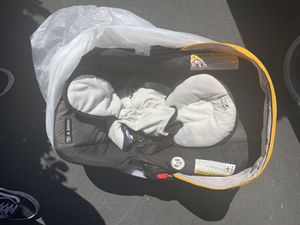 Baby car seat for Sale in Canyon Country, CA
