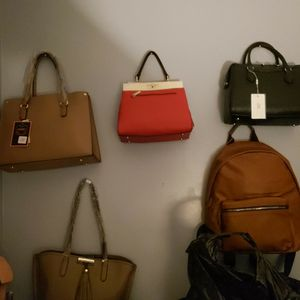 Women's Purses,bags,wallets,backpacks for Sale in Chicago, IL
