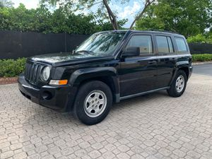 Jeep patriot 2009 for Sale in Miami, FL