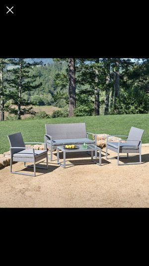 Clemmons 4 piece outdoor furniture for Sale in Buffalo Grove, IL
