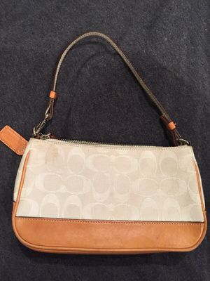 Coach purse for Sale in MIDDLE CITY EAST, PA