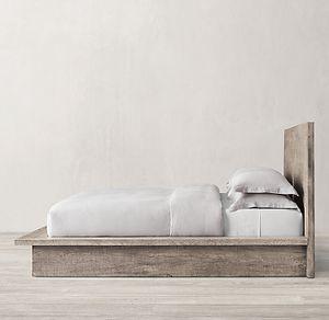 King Platform Bed for Sale in Upper Marlboro, MD