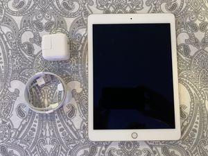 Apple iPad Air 2 MH0W2LL/A 16GB for Sale in Brooklyn, NY