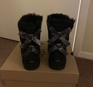 100% Authentic Brand New in Box UGG Bailey Bow II Leopard Boots / Women size 6 (Big Kids 4) / Color: Black for Sale in Walnut Creek, CA