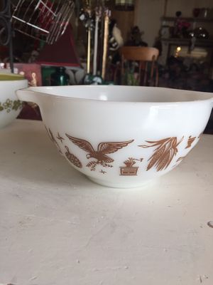 "Vintage PYREX ""HERITAGE"" 1 1/2 pint nesting bowl for Sale in Scappoose, OR"