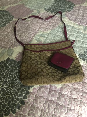 Authentic Coach and matching wallet for Sale in Apollo Beach, FL