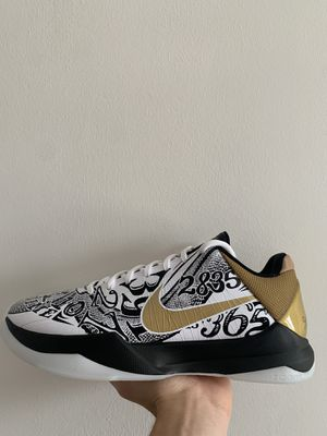"""Kobe """"Big Stage"""" size 9 for Sale in Los Angeles, CA"""