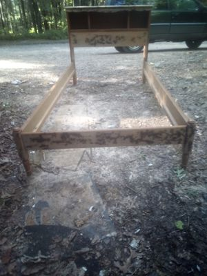 Vintage single bed frame and head board for Sale in Swannanoa, NC