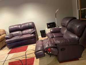 Leather love seats for Sale in Highland Park, IL
