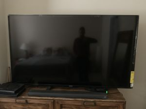 70 inc Sony TV 2018 for Sale in Rockville, MD