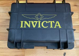 INVICTA - 8 Watch Carrying Case for Sale in Alexandria, VA
