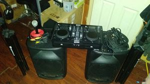 DJ Equipment (Full Set-Up) Mixing Board, Speakers, Speaker Stands, Cables etc.. for Sale in Fall River, MA