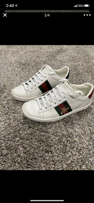 Gucci shoes- size 3.5 kids for Sale in Las Vegas, NV