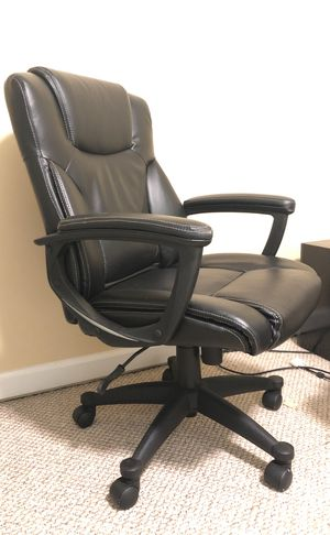 Desk chair for Sale in Ballwin, MO