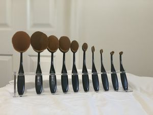 Makeup brushes for Sale in Visalia, CA