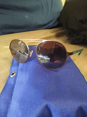 Guess Sunglasses for Sale in Oliver, WI