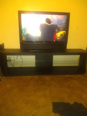 Tv stand for Sale in Mill City, OR