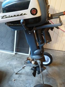 1950s Evinrude Fisherman's Special With Original Gas Tank for Sale in Edmonds,  WA