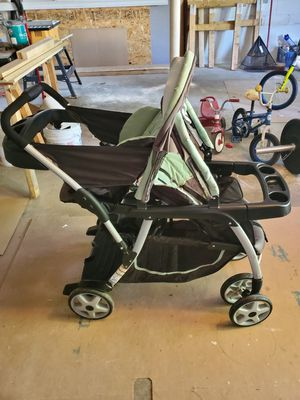 Graco double stroller for Sale in Washington, PA
