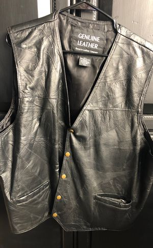 Leather Motorcycle Vest for Sale in Lemoore, CA