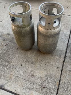 2 Forklift Propane Tanks (empty) for Sale in Indianapolis,  IN