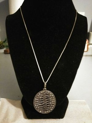 SILVER NECKLACE AND PENDANT for Sale in West Palm Beach, FL