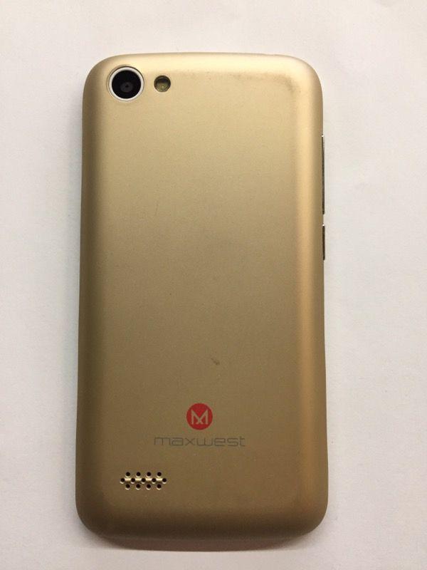 Maxwest Nitro 4 Gold Unlocked T-mobile W/ Accessories!! for Sale in Azusa,  CA - OfferUp