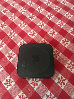 Apple TV box ( comes with a hulu account) for Sale in Palm Beach Gardens, FL