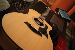 Taylor guitar 114ce (Fairly New) for Sale in New York, NY