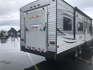 2016 Coleman 250TQ Travel Trailer Toy Hauler for Sale in Vancouver, WA